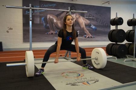 När barnet är redo för mer avancerad träning går det bra att lägga in moment som marklyft.